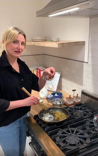 Рецепт приготовления супа рамэн от актрисы Камерон Диас