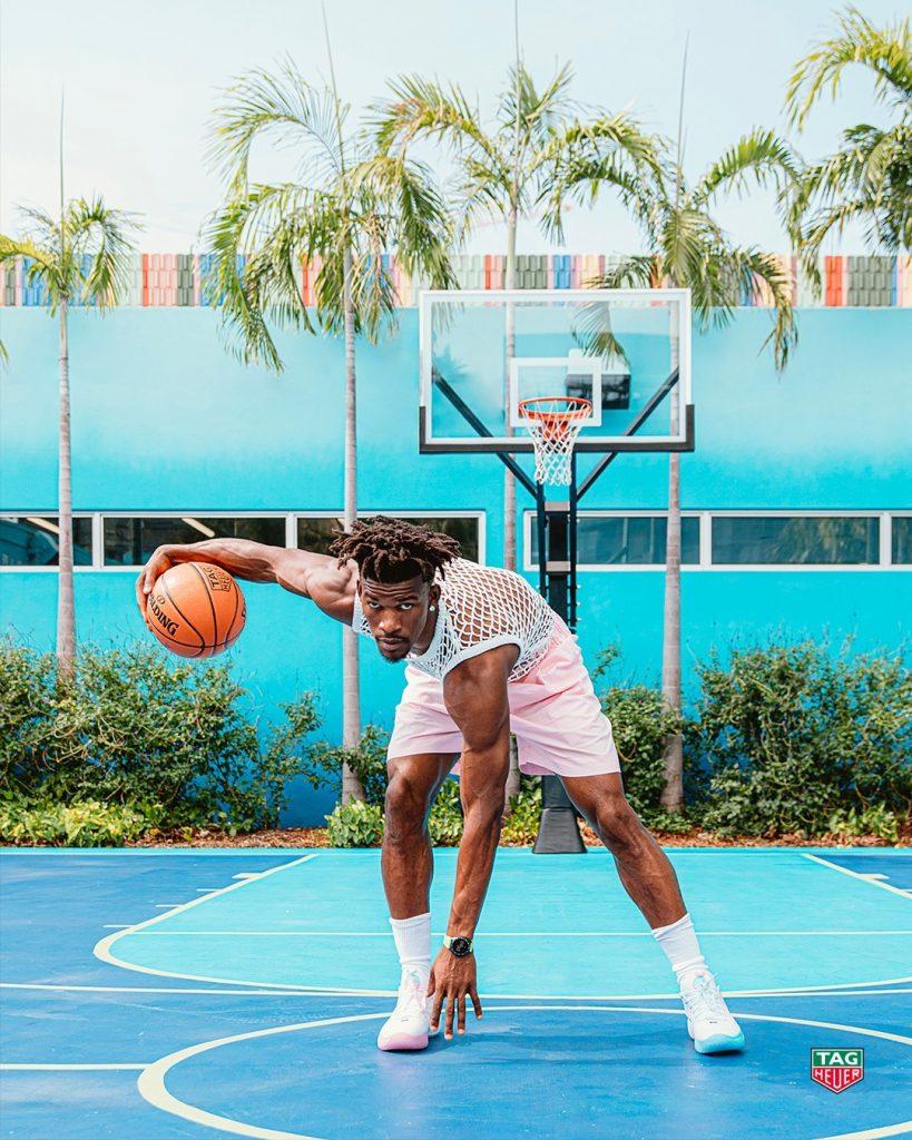 Баскетболист Джимми Батлер стал новым амбассадором швейцарской люксовой часовой мануфактуры TAG Heuer