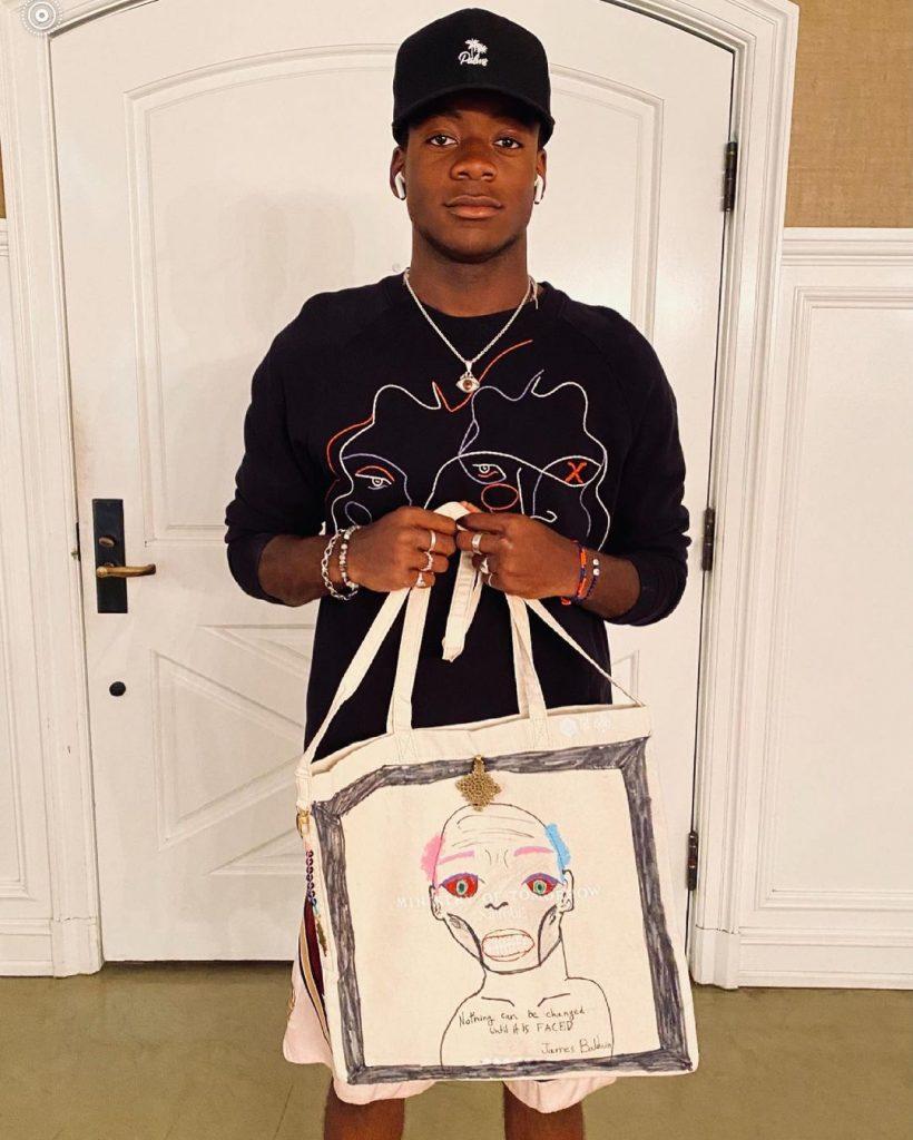 Старший приемный сын Мадонны Дэвид изобразил на сумке портрет знаменитого американского писателя и активиста Джеймса Болдуина