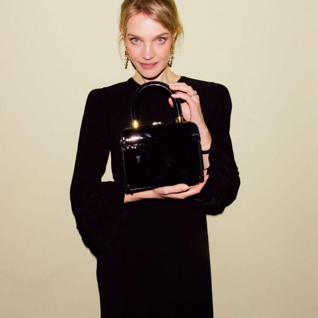 У Натальи Водяновой появилась именная сумка «Наталья» от Ulyana Sergeenko